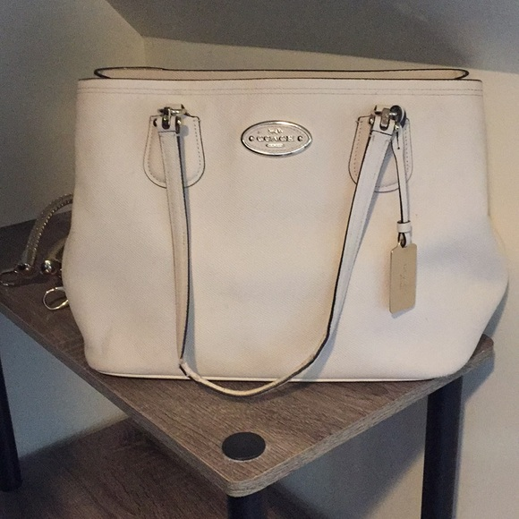 Coach Handbags - Make an offer : Coach Tote Bag